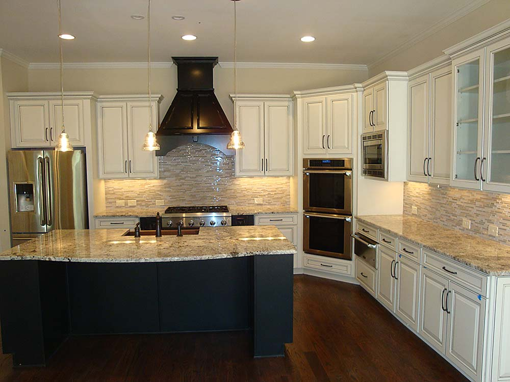 Interiors kitchens photo gallery by waterford homes for Vent hoods for kitchens